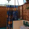 El Santuario shower